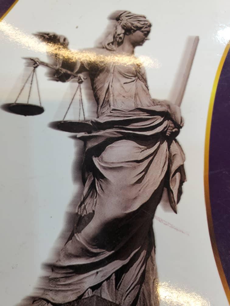 وکیل و مشاورحقوقی رایگان ۰۹۱۲۶۱۶۱۱۲۱